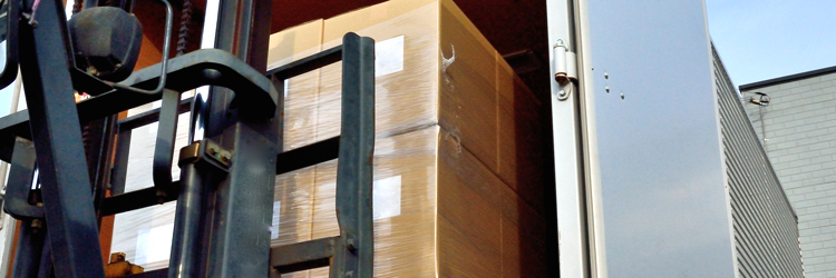 貨物トラックの種類と積載制限について